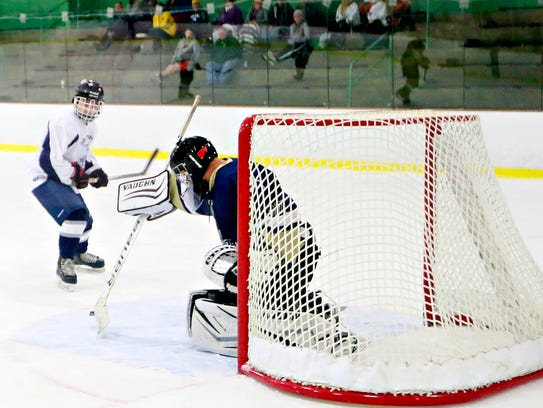 Dallastown vs Penn Manor during ice hockey action at