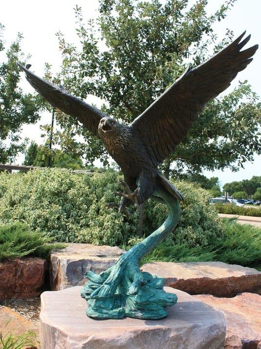 New_Bronze_Eagle.jpg