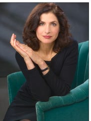 Author Lauren Belfer