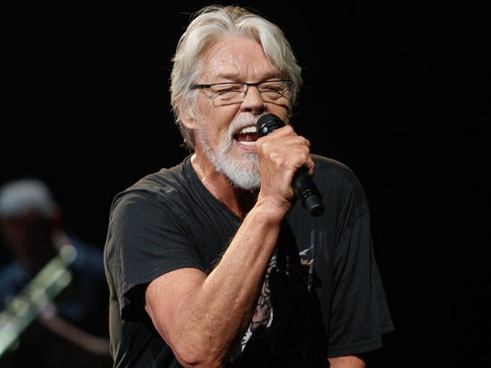 """Bob Seger performs """"Tryin' to Live My Life Without You"""" before a sold-out Palace crowd."""
