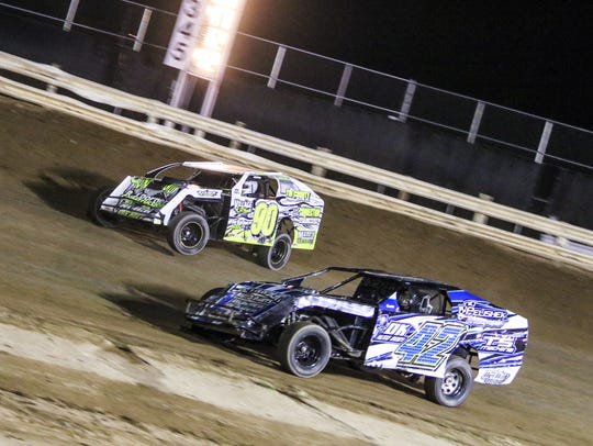 2015 Calibre Coatings Unlimited Modified action.