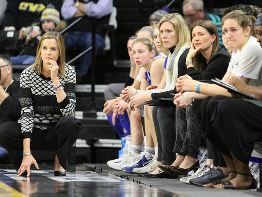 Drake coach Jennie Baranczyk pictured with her team