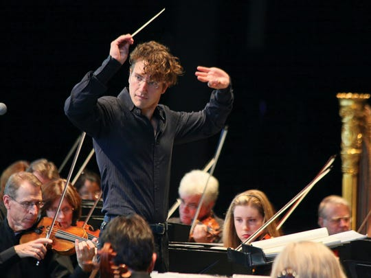 Teddy Abrams directs the Louisville Orchestra.