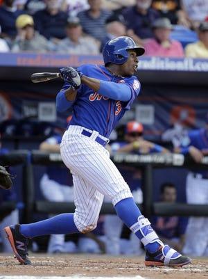 New York Mets outfielder Curtis Granderson has not been an everyday center fielder since 2012.