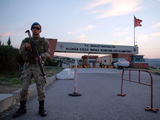 AP TURKEY AMERICAN PASTOR I TUR