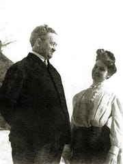 Dr. William and Lillian Minahan, of Fond du Lac, Wisconsin. Dr. William perished in the sinking of the Titanic.