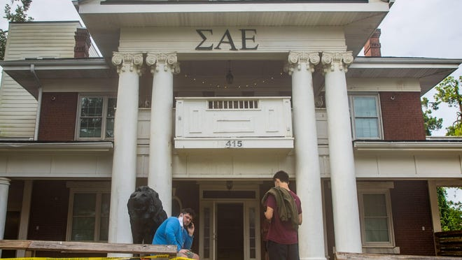 FSU police investigate a death at the Sigma Alpha Epsilon fraternity house on Wednesday. Members of the fraternity say someone fell off of the roof.