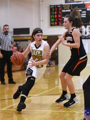 River View's Jessica Hartsock drives to the hoop against Ridgewood. Hartsock received third-team accolades in Division II.