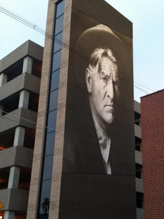 CharlieRussellmural