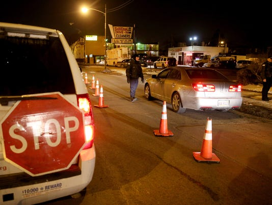 AP CHICAGO SOBRIETY CHECKPOINTS A USA IL