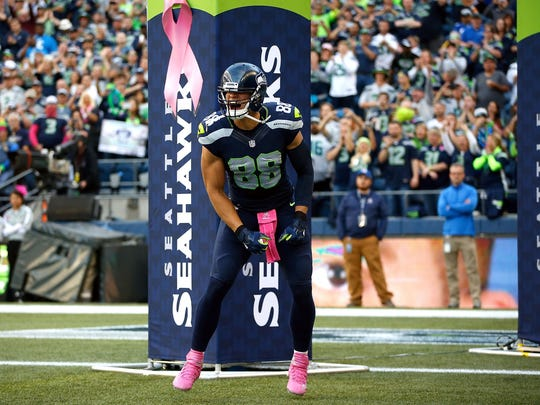 Jimmy Graham of the Seahawks runs onto the field before a game against the Detroit Lions on Oct. 5, 2015 in Seattle.