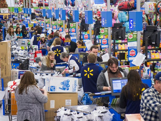AP WALMART'S BLACK FRIDAY STARTS STRONG IN BENTONVILLE A ENT CPAENT USA AR
