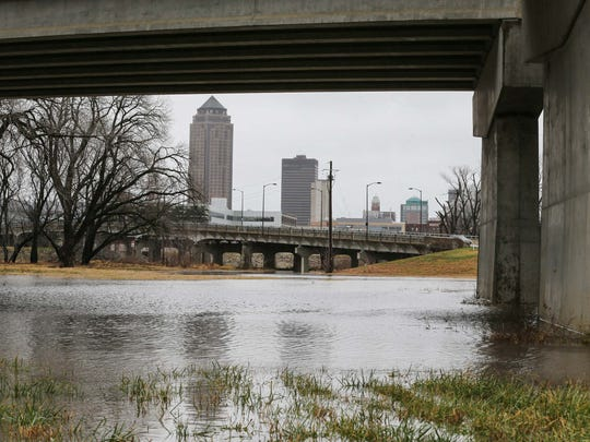 Rising levels on the Des Moines River and Raccoon River have caused the closure of Water Works Park and Gray's Lake Park in Des Moines on Monday, Dec. 15, 2015.