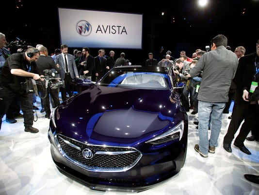 Models That Stole The First Day Of The Detroit Auto Show - Car show usa
