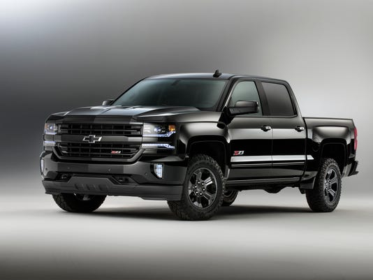 2016-Chevrolet-Silverado-Z71-Midnight-Edition-046.jpg