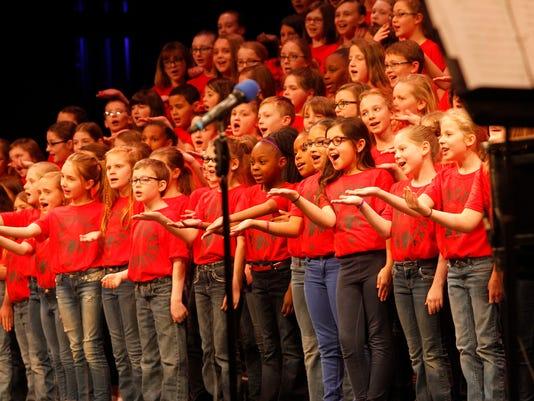 635909791583247544-kids-choir40.JPG