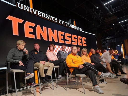 NCAA Basketball: Tennessee-Press Conference