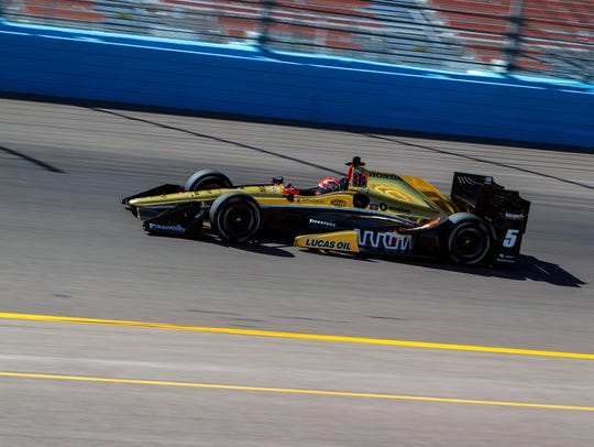 James Hinchcliffe runs a lap during Day 2 of IndyCar