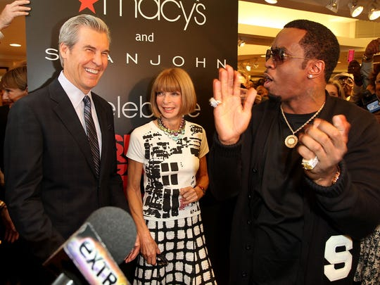 """CEO of Macy's Terry Lundgren, Editor-in-Chief of Vogue Anna Wintour and Sean """"Diddy"""" Combs attend the Macy's celebration of Fashion's Night Out at Macy's Herald Square on September 10, 2010 in New York City."""
