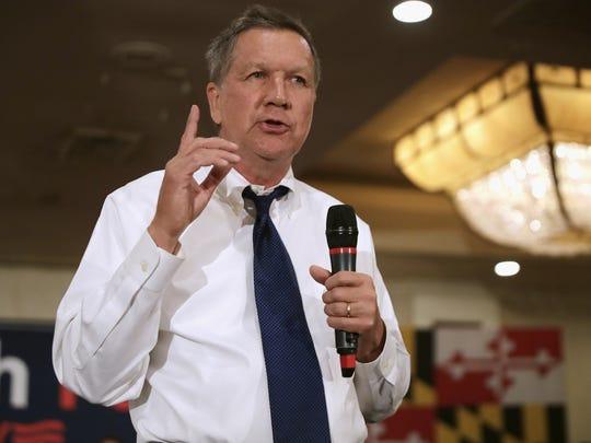 Kasich se sintió alentado por las críticas de Romney al presidente.
