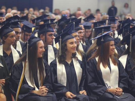 636006436581280903-Oasis-Graduation037.JPG