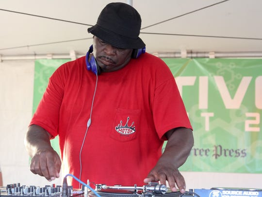 DJ Psycho performs on the Institute Stage on Belle Isle in Detroit during day one of the Charivari Detroit festival on Friday, August 5, 2016.