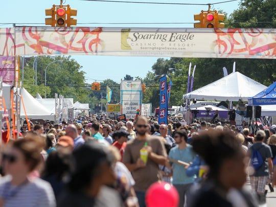 Crowds filled Washington Avenue in Royal Oak during