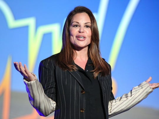 Nely Galan speaks at the 2015 PTTOW! Annual Summit