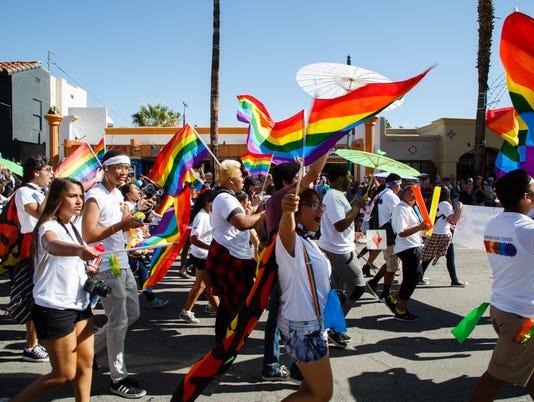 636140454507247094-Prideparade-3.jpg