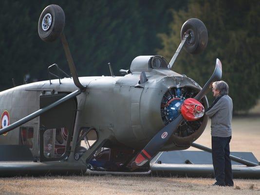 636154289871359158-LP-plane-crash-A-112216.JPG