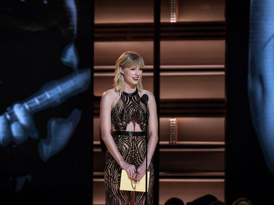 Next round's on Taylor Swift: She's the world's highest-paid musician