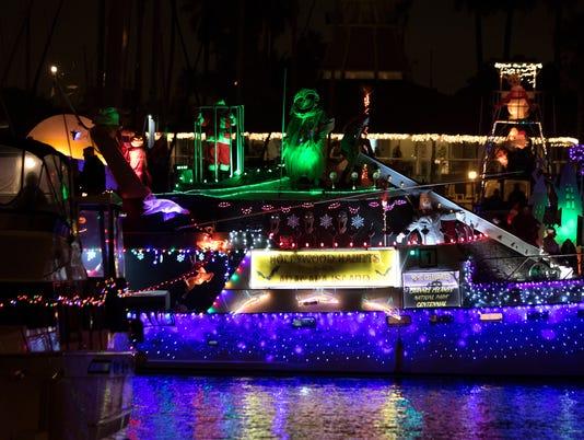 Parade-of-Lights-Channel-Islands-Harbor-06.JPG