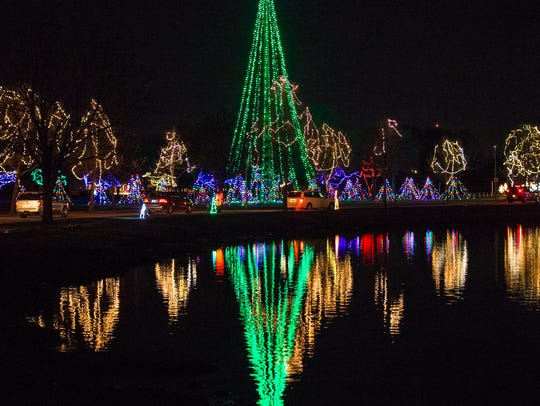 The annual Oshkosh Celebration of Lights continues