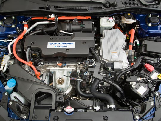 The Honda Accord hybrid 2.0L 4-cyl. and electric motors in the 2017 Honda Accord Hybrid.