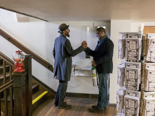 William (Ron Cephas Jones), left, shows his son, Randall (Sterling K. Brown), around Memphis in this week's episode of NBC's 'This Is Us.'
