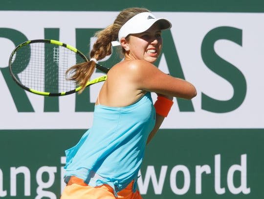 Kayla Day is defeated by Garbiñe Muguruza at the BNP