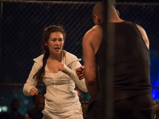 Colleen Wing (Jessica Henwick) scratches her cagefighting