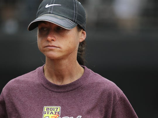 Vernon coach Jena Cecil led the Lady Lions to the 4A state title game.