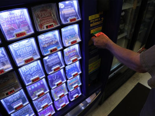 Illinois Lottery stops selling Powerball tickets after lawmakers fail to cut deal