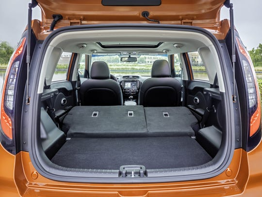 The 2017 Kia Soul Turbo's cargo volume is 61 cubic feet, with the seats folded flat -- enough to carry a bicycle, your golf bag and your golf partner.
