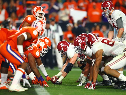 Alabama prepares to snap the ball against the Clemson