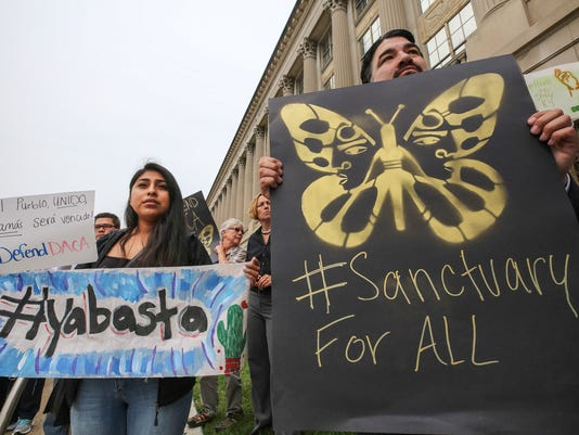 636402132149931772-DACA-Protest-04.jpg