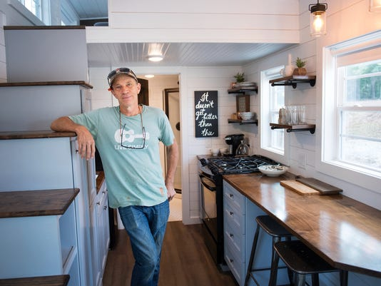 636416145381603452-LP-tiny-home-092017-011.JPG