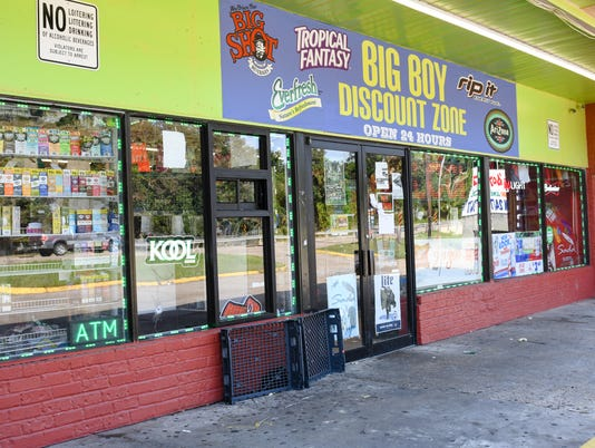 636428258017035441-Big.Boy.store.10.05-4770.jpg