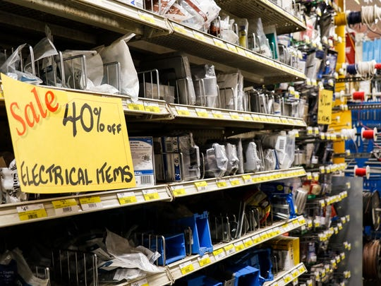 Old-fashioned hardware store in Okemos closes after 80 years