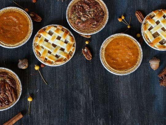 A 9-inch Thanksgivine pie will serve 6 to 8 people.