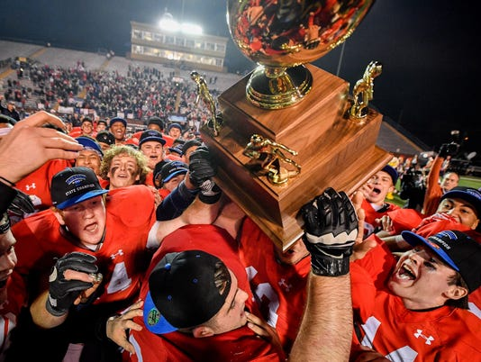 State_Football_Division-II-AAA_07
