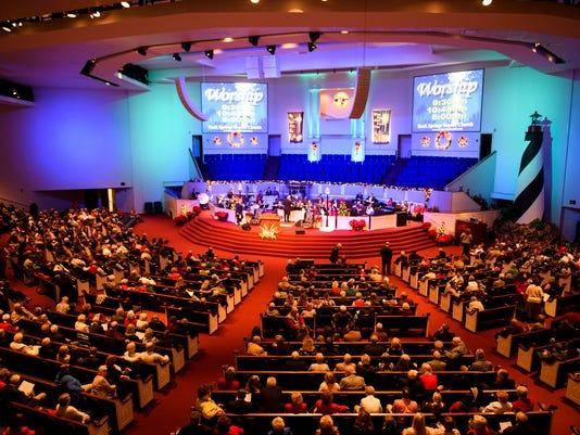 636497103616016059-JM.church.122417.006.jpg