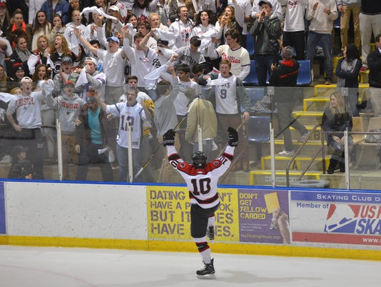 Glen Rock vs. Wall Township hockey
