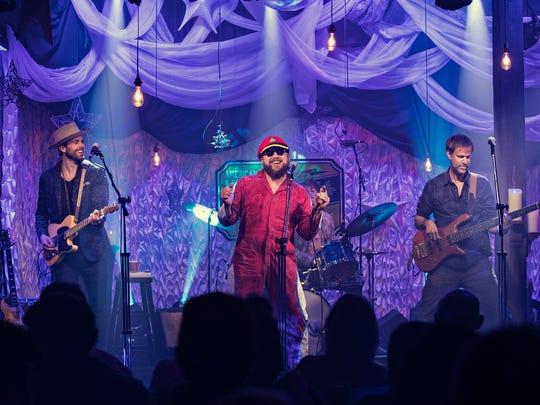 Memphis soul-blues singer John Németh performs on DittyTV.